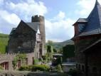Das Gebäude der Burgkapelle und der Trierer Turm